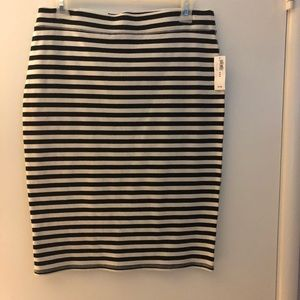 NWT. Old Navy striped pencil skirt